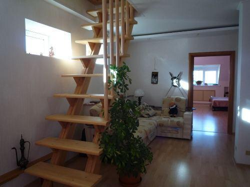 Расположение лестница на мансарду